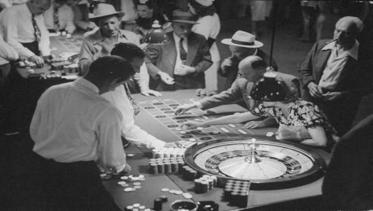 Povijest online kockanja
